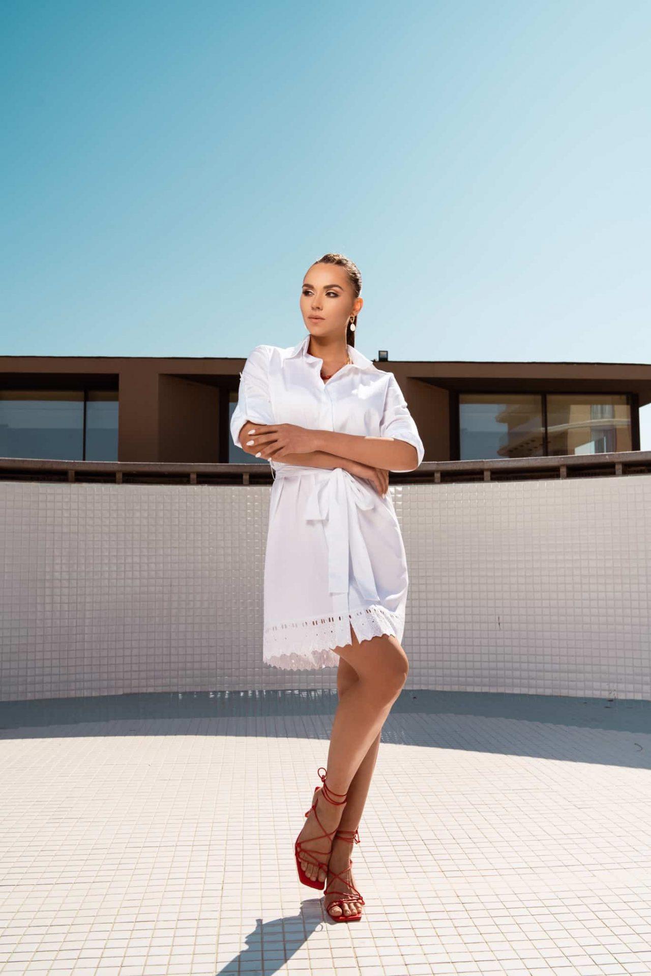 Риза рокля в бяло